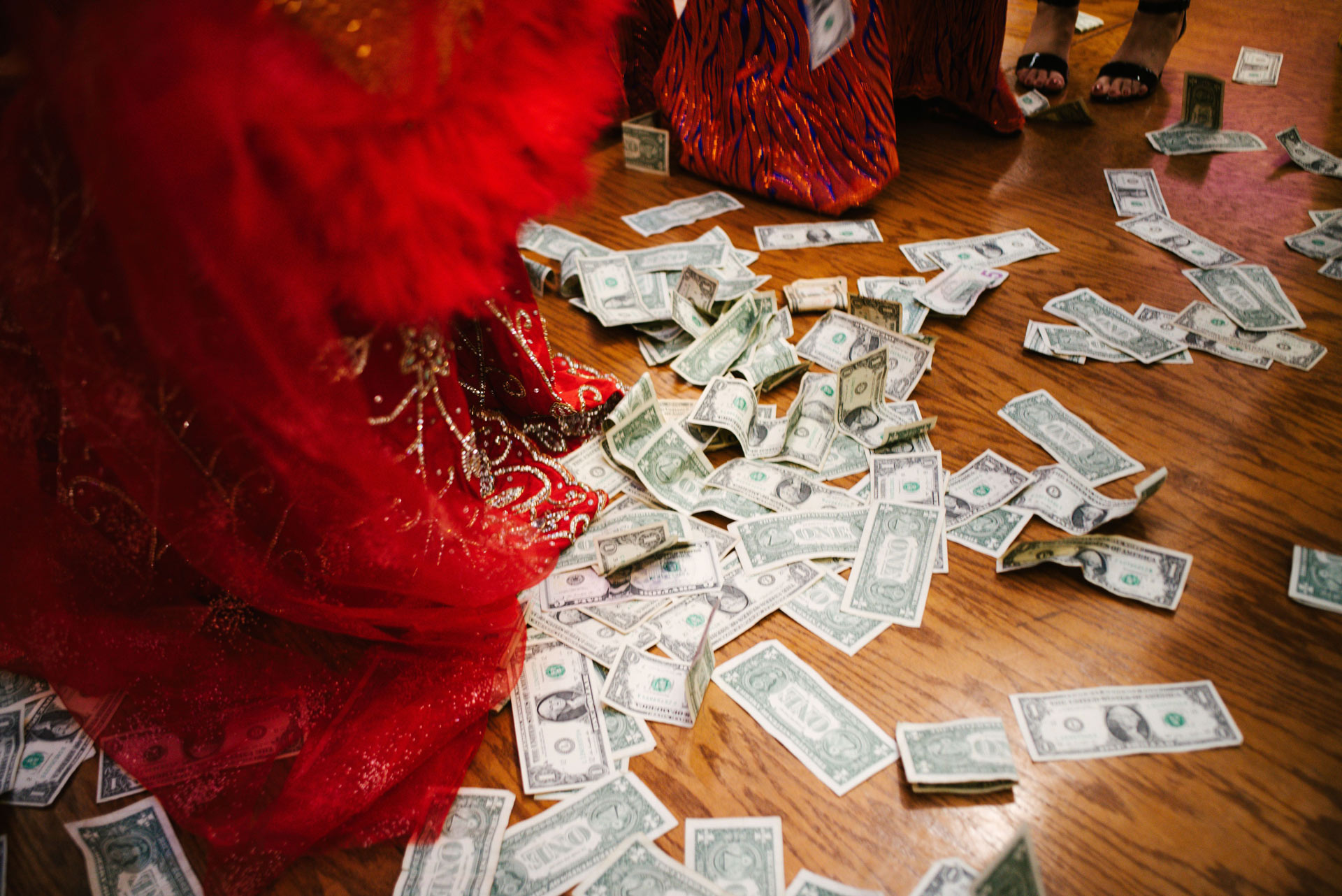 Can a Wedding Planner Save You Money?